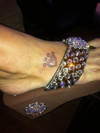 Miranda Lambert foot tattoo