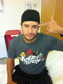 Luke Bryan stitches in head