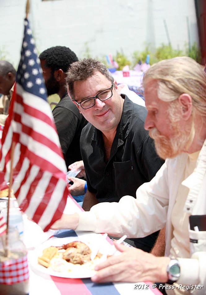 Vince Gill visits mission