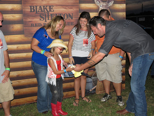 Blake Shelton and Harlie
