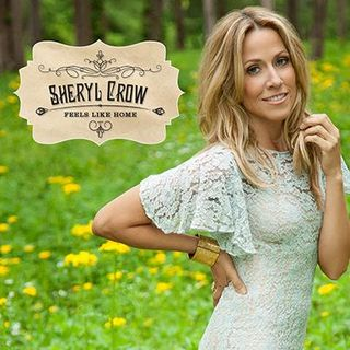 Sheryl Crow shows off album artwork