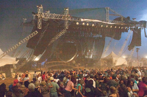Stage collapse