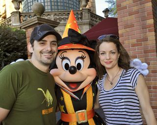 Brad-and-Kimberly-Paisley-at-Disney-150021936