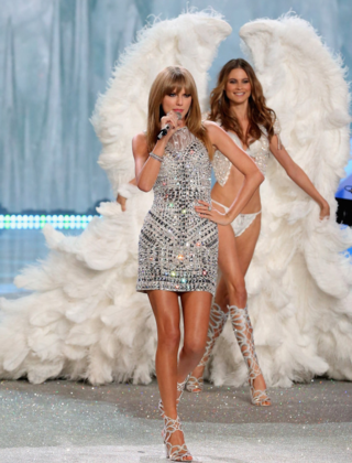 Taylor Swift victoria's secret