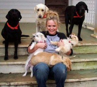 Miranda Lambert rescue dogs