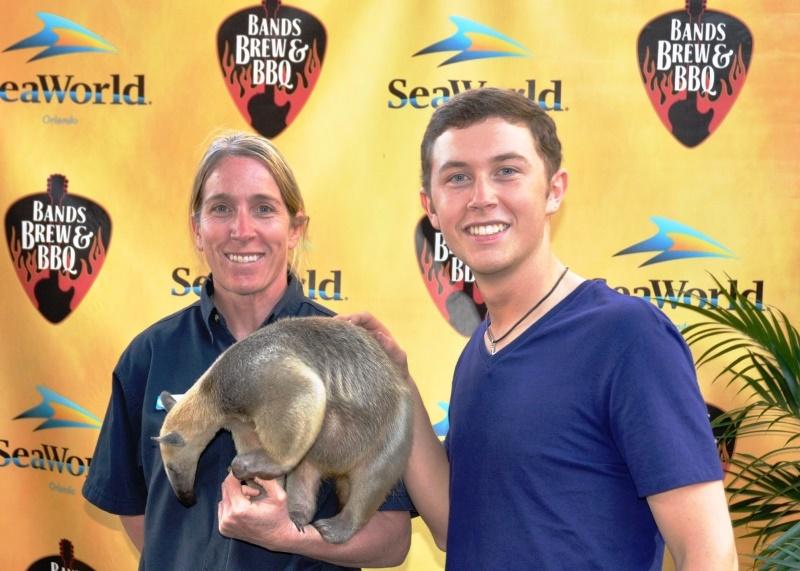 Scotty McCreery SeaWorld