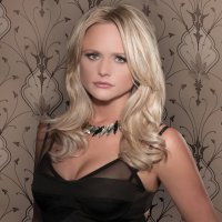 Miranda Lambert crystal light