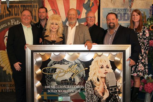 Dolly Parton 100 million sales