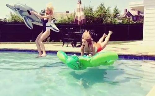 Taylor Swift flying turtle