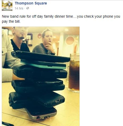 Thompson Square's no phone dinner policy is a GREAT idea