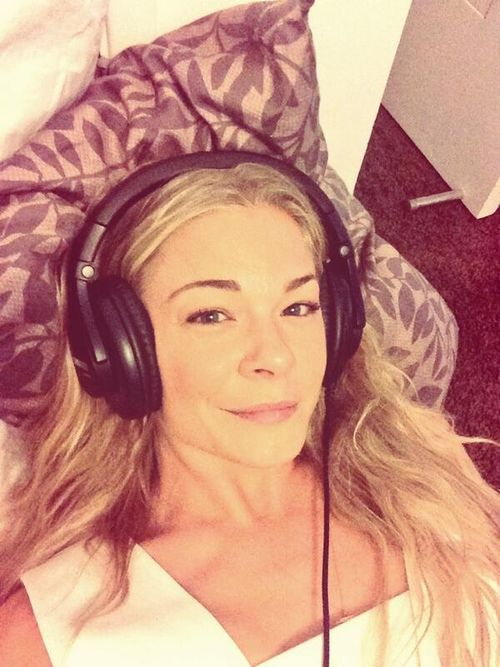 LeAnn Rimes gets buzzed trying to buy condoms