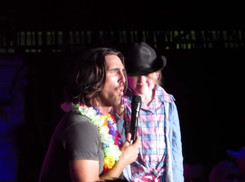 Jake Owen and little girl 2