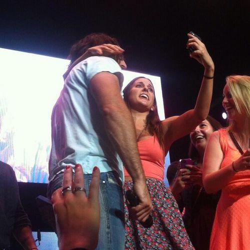 Jake Owen fan selfie