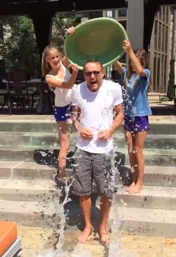 Tim McGraw ice bucket challenge