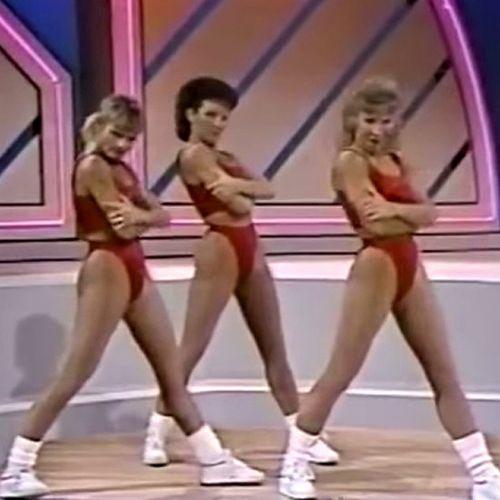 Taylor-Swift-Shake-Off-Exercise-Video-Mashup