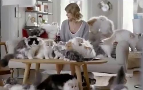 Taylor Swift diet coke