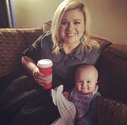 River Rose and Kelly Clarkson