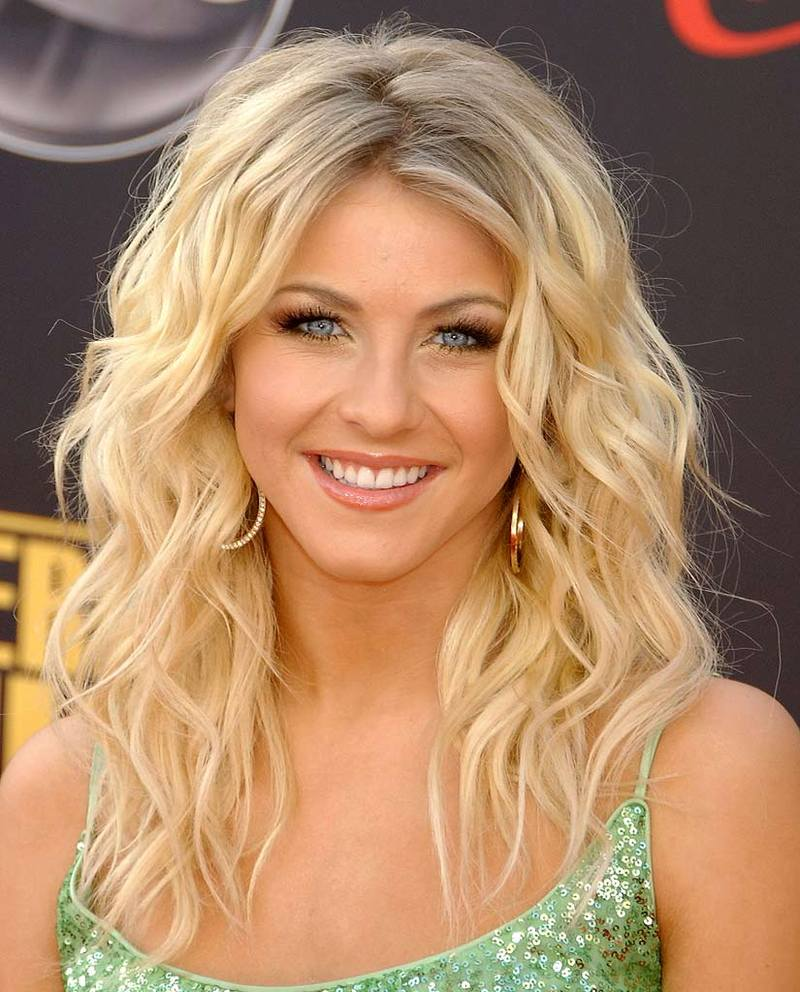 Julianne Hough - Picture Actress